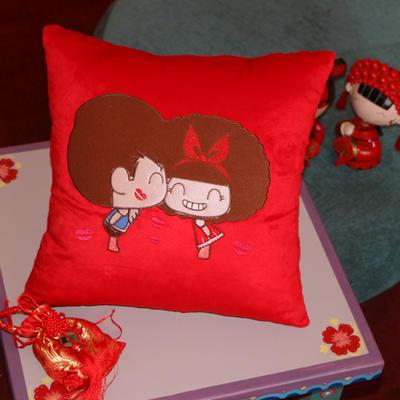 情侣抱枕 40X40cm 卡通娃娃
