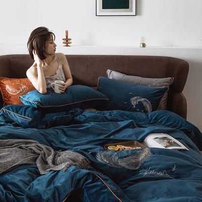 2019新款丽丝绒绣花四件套-彩羽系列 1.5m床单款四件套 彩羽-雾蓝