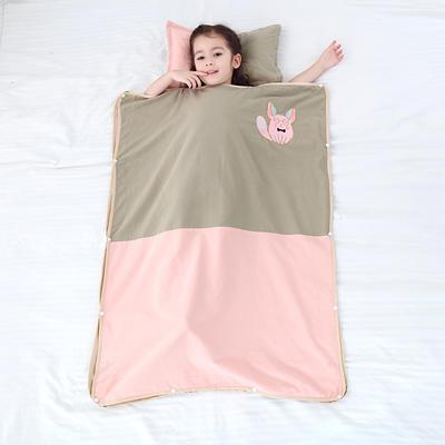 2019新款-水洗棉防踢睡袋(睡袋外套含枕套)模特图 童话精灵40*60
