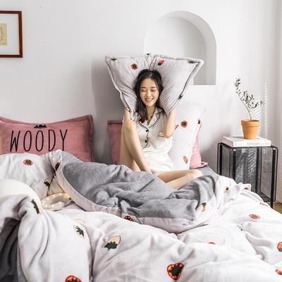 2020热款北欧时尚印花法莱绒四件套 1.8m(床单款四件套) 小草莓