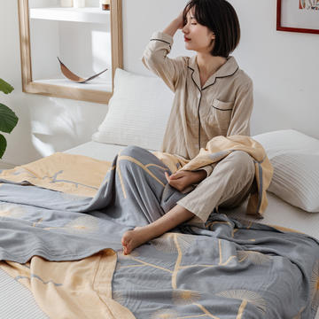 2020年新款冰感竹纤维毛巾被
