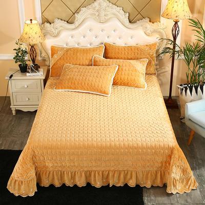 2019新款水晶绒微风采莲夹棉床盖三件套 1.5m(5英尺)床 金驼色