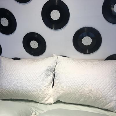 2018新款100支拼色系列四件套 1.5m(5英尺)床 大靠垫60*80 含芯/对白色