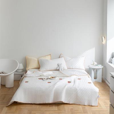 2021新款全棉清新风床盖套装 2.0*2.3m床盖+两只枕套 草莓床盖(白色