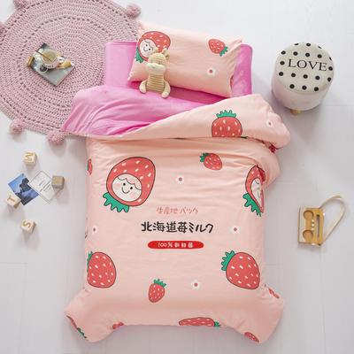 2020新款-幼儿园棉加绒印花套件小版 三件套 北海道草莓