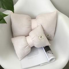 蝴蝶结抱枕车枕 小号(23*35) 粉白细条纹