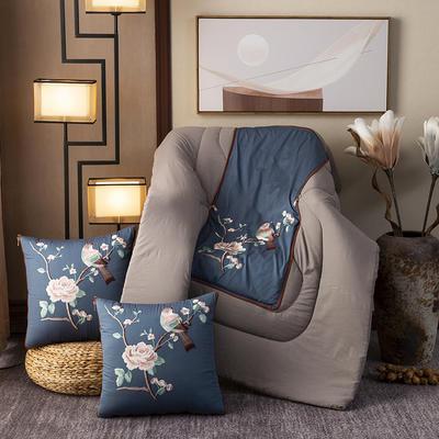 2020新款-輕奢中國風新中式古典刺繡60支全棉貢緞抱枕被 中號折起42*42 展開120*160 報喜鳥