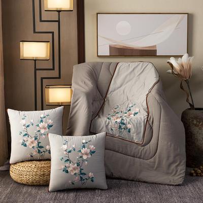 2020新款-輕奢中國風新中式古典刺繡60支全棉貢緞抱枕被 中號折起42*42 展開120*160 春意盎然-灰