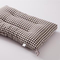 水洗棉枕芯 48*75cm 棕小格