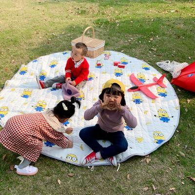 2019新款-防水收纳地垫野餐垫(室外) 200*200cm 香蕉黄人