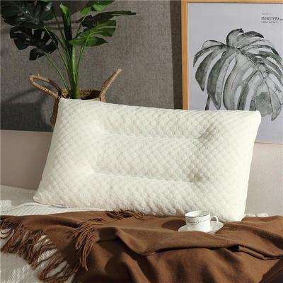 乳胶枕水立方乳胶颗粒枕头枕芯 40*60