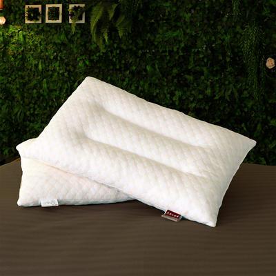 乳胶颗粒枕水立方天然乳胶枕 30*50