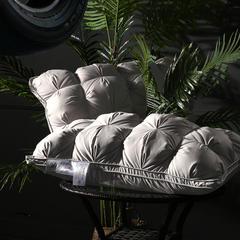 蝶花面包枕  枕头枕芯 45*75灰/只