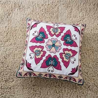 禾木家居 特种绣花靠垫 半绣花卉 抱枕套 蝴蝶紫