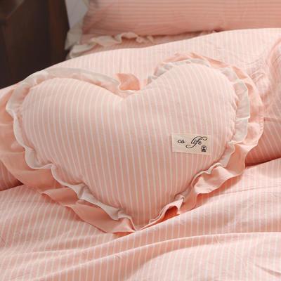 水洗棉蝴蝶枕 36*46cm 爱心枕-粉细条
