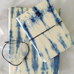 60s长绒棉贡缎 纯天然环保材料纯手工精心制作 手工扎染本 ipad mini 及中号外袋 手工扎染本32开,19.5cmx14cm 3