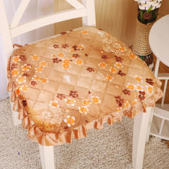 2017 新款法莱绒绗绣餐椅垫 40*42cm 绗绣馨香花语