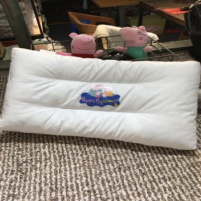 2017 新款小猪佩琪枕头 猪一家(30cm×50cm)