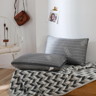 2019新款-印字石墨烯枕48*74 印字石墨烯枕/个