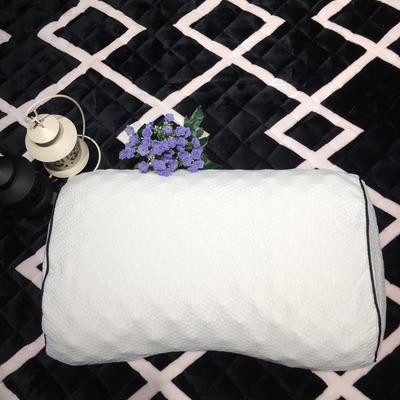 泰国蝶形美容乳胶枕 蝶形乳胶枕