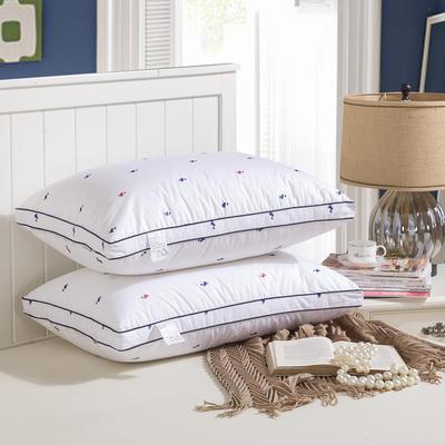 立体红蓝鸭高弹枕     找家纺  促销款 立体红蓝鸭高弹枕