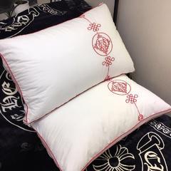 木果枕芯  刺绣中国结羽丝绒枕芯 刺绣中国结羽丝绒枕芯
