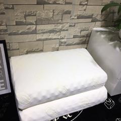 木果枕芯  泰国进口乳胶 琅琊乳胶枕 狼牙乳胶枕