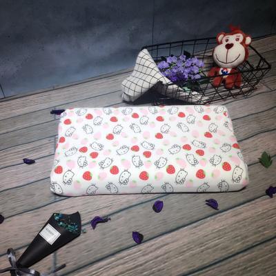 泰国儿童乳胶枕 草莓KT