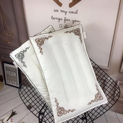 立体刺绣水洗枕