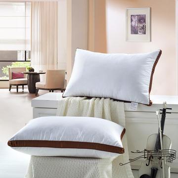 星级酒店咖啡边羽丝绒枕