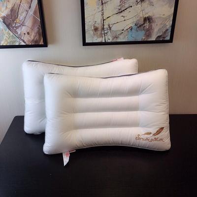 弧形水洗羽丝绒枕 弧形水洗羽丝绒枕