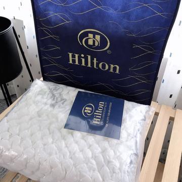 新品希尔顿乳胶枕头