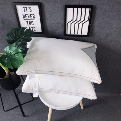 新品梵克雅宝字母羽丝绒枕头枕芯 新品梵克雅宝字母羽丝绒枕头枕芯