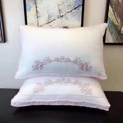 中国风羽丝绒枕--镜花水月 中国风羽丝绒  一剪梅