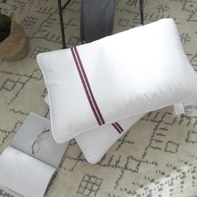 全棉酒店枕芯 英伦一条网高弹羽丝绒枕头 全棉酒店枕芯 英伦一条网高弹羽丝绒枕头