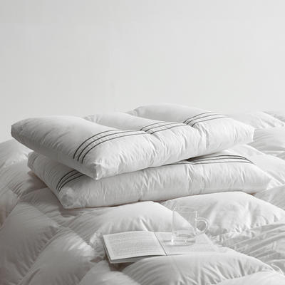 新款高级酒店护颈枕芯  三线星级酒店定位护颈枕芯  中低枕芯 定位星级酒店枕  一只装