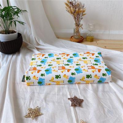A品天然儿童乳胶枕头 学生乳胶枕芯全棉乳胶护颈枕枕头芯 27*45儿童款 长颈鹿