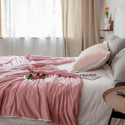 2020新款云丝绸夏被非常柔软纯色花边空调被高端柔丝棉被子 150x200cm 柔丝粉