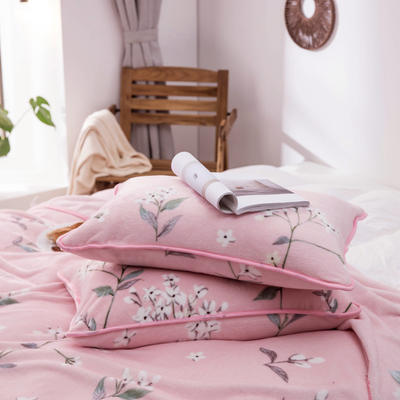 2020新款云貂绒枕套法兰绒枕芯套 单人珊瑚绒保暖枕套可搭配毛毯 45CMX75CM/只 花朵