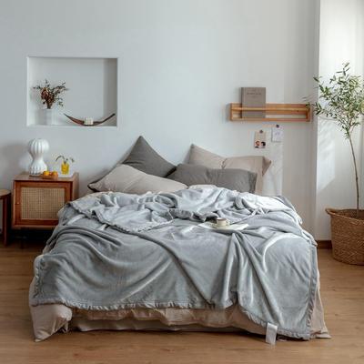 2020新款紫貂绒毛毯 150cmx230cm 港湾迷雾银