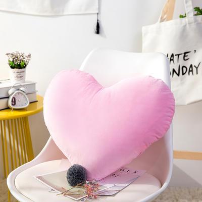 爱心抱枕 婚庆水晶绒床头靠垫 创意女生毛绒办公室沙发抱枕 40*52cm 粉色