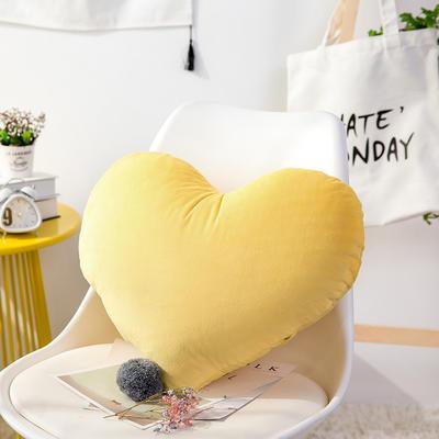 爱心抱枕 婚庆水晶绒床头靠垫 创意女生毛绒办公室沙发抱枕 40*52cm 黄色