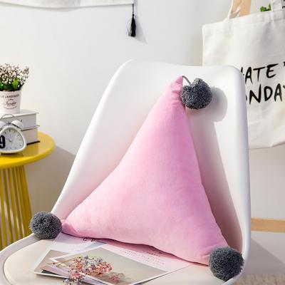 三角抱枕 公主风水晶绒床头靠垫 创意女生毛绒办公室沙发抱枕 48*48*48cm 粉色