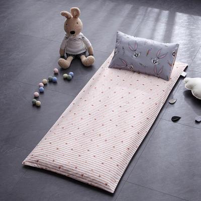 幼童床褥(垫套+丝绵垫芯) 60X135cm/垫芯1.2斤 八哥兔B版