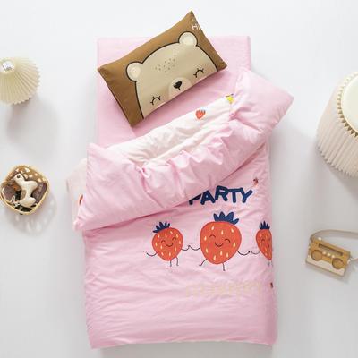 2020新款A类全棉绣花幼儿园儿童套件幼儿园被子三件套宝宝午睡六件套 2斤羽丝绒芯六件套 草莓派对