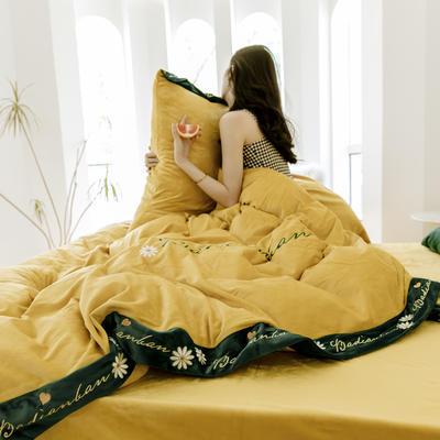 2019冬款 高克重超柔保暖水晶绒刺绣款 1.5m(5英尺)床 凡尔赛黄