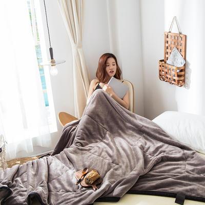 2019新款牛奶绒三层复合毯 150cmx200cm 银灰(双面牛奶绒)
