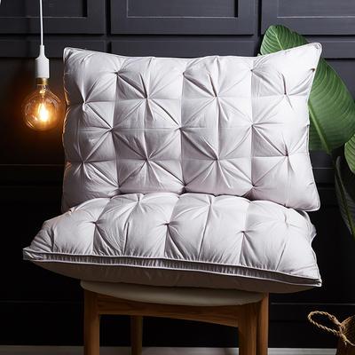 2018新款枕芯-扭花立体枕48*74cm 灰