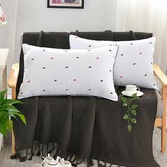 特价枕芯系列-青花瓷多款 红蓝小鸭(48*74/个)