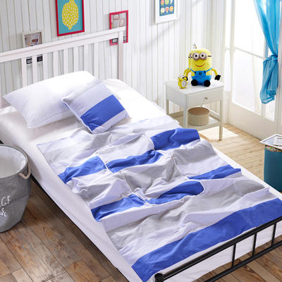 全棉印花抱枕被新增花型系列 小号(40*40展开105*150) 蓝色条纹